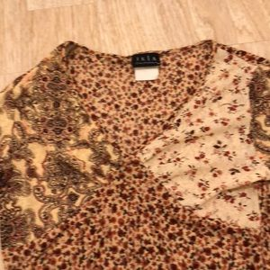 Tops - Vintage bell sleeve 70s inspired blouse small